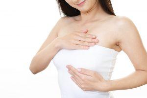 85_postnatalcare_breast_massage2